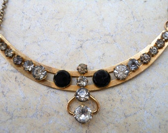 Vintage necklace crystals bezel set graduated jewels gold chain CT signed art deco black stones gift