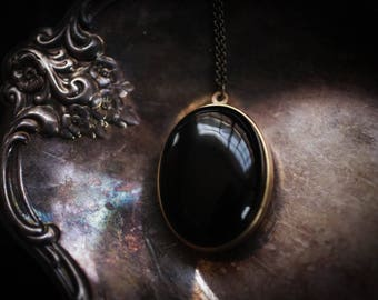 Solid Perfume Locket Necklace with Natural Stone lid: Black Onyx, all natural solid perfume, vintage perfume compact