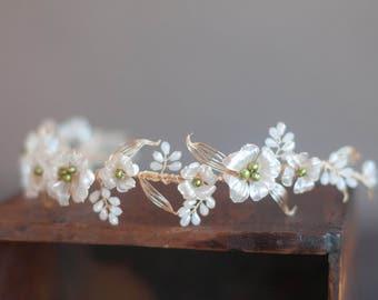 Dogwood flower halo, Wedding gold and pearl flower hair vine, bridal flower hair wreath with pearl and crystal sprays Boho wedding hairpiece