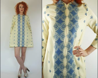 Vintage 60's Floral Embroidered Mod gogo Boho Preppy A line Mini dress XS S
