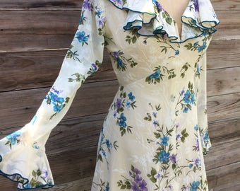 1970's floral print mini dress with ruffle detail SMALL
