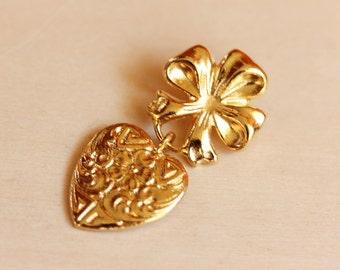Heart Flower Brooch, Gold Heart Brooch, Gold Charm Brooch, Gold Dangle Brooch, Charm Brooch, Heart Pin, Charm Pin, Flower Pin, Gold Pin