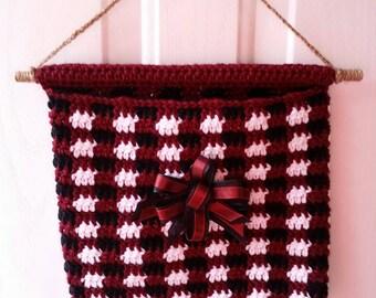 Carolina Door Pouch,  Message Bag, Drop Off Slot, Message Pocket, Hanging Bag, Garnet Black Bow, Garnet Black White