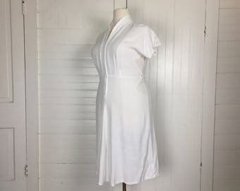 40s / 50s White Dress in Plus Size- 1940s Casual Short Wedding Dress- Lace / Short Sleeves / Size 16 or 1X- Boho Festival