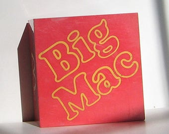 Big Mac McDonald's GE Transistor Radio