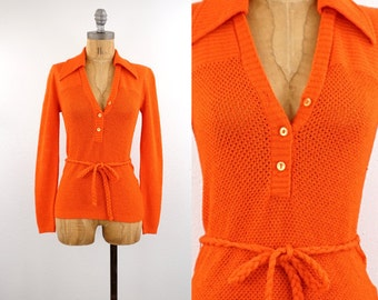 vintage 70s BELTED orange knit top | textured sweater | S-M