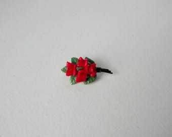 JAPAN Dark Pink Lucite Roses Bouquet Brooch/Pin