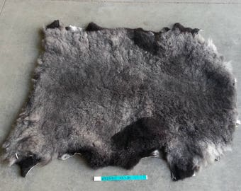 East Freisian Sheepskin- Grey speckled Shearling- Washable- Lot No. 25247TURQ