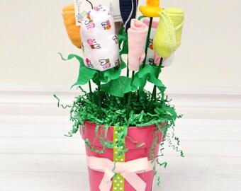 Newborn Gift Set Girl, Unique Baby Gift Girl, Corporate Baby Shower, Baby Shower Gift Ideas, Gift for Mom to Be, Girl Newborn Set