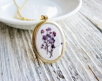 Purple Pressed Flower Necklace, Flower Necklace, Baby's Breath Necklace, Botanical Jewelry, Resin Jewelry, Flower Pendant