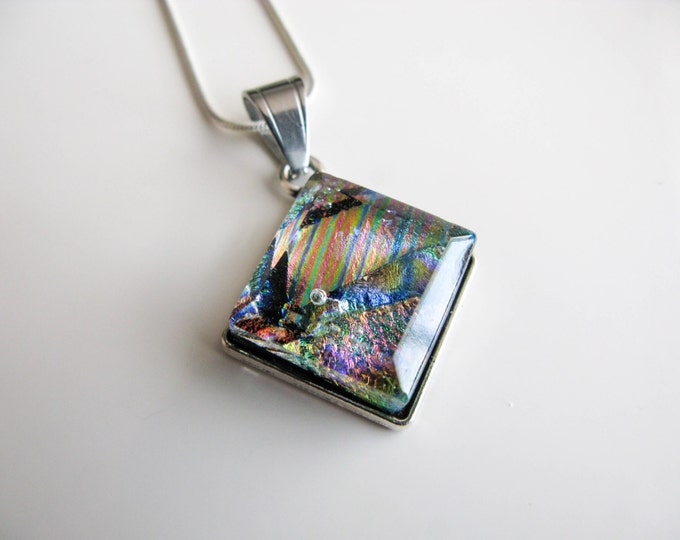 Diamond Glass Pendant (chain included) –  colour and stripes