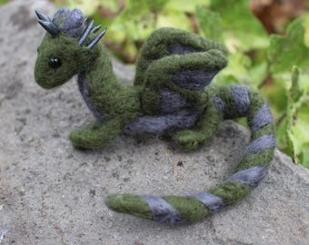 Mini Shoulder Dragon, Made to Order! Very lightweight, wearable with invisible shoulder base, you choose the colors!