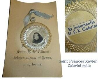 Vintage Saint Frances Xavier Cabrini Relic. Ex Indumentis Clothing Relic. Original Card. Circa 1940s. Catholic Church. Religious Treasure.