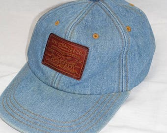 Vintage LEVIS DENIM Leather Patch Label Trucker Cap Baseball Hat
