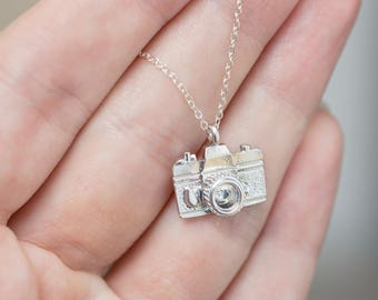 Camera Necklace - Photographer Gift - Gifts For Photographer - Camera Pendant - Gift For Her - Wedding Photographer Gift - Silver Pendant