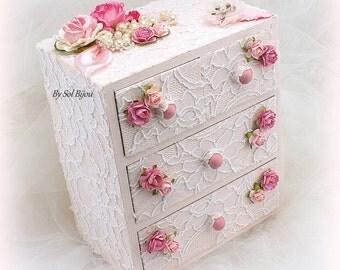 Jewelry Box, Keepsake Box, White, Pink, Blush, Wooden Box, Wedding, Bedroom Decoration,Wedding Gift,Lace Box, Pearls, Vintage Style, Elegant