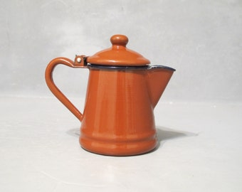 Vintage Small Brown Enamel Teapot with Lid / Enamelware Tea Kettle Cottage Farmhouse Primitive Decor, Tea Pot Coffee Pot, Country Kitchen
