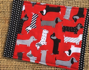 Snack Mat, Mug Rug, Red and Black Dachshund Dogs, Weenie Dogs