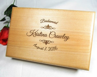 Personalized Engraved Jewelry Box, Bridesmaid Gifts, Maid of Honor Gift, Flower Girl Gift, Wedding Bridal Party Jewelry Boxes ETY