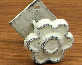 FREE SHIPPING Set/6 Shabby Flower Knobs Drawer Pulls Cast Iron White Distressed Cottage Chic 1-1/2""
