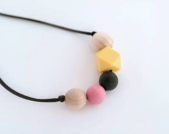 BREASTFEEDING NECKLACE- Salome