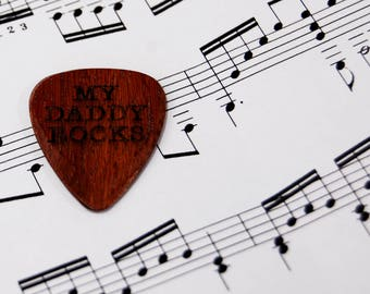 Personalised Guitar Plectrum / Pick ~ MY DADDY ROCKS ~ Father's day Gift ~ Wooden Pick / Plectrum ~ High Quality customised Pick ~