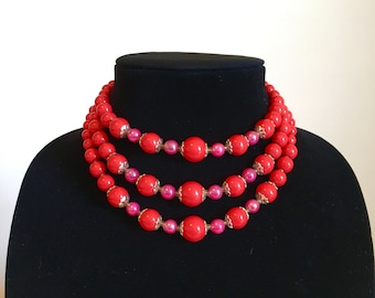 red and pink necklace, round beads, three strand, adjustable clasp, silver bead caps, gradient beads, made in Japan