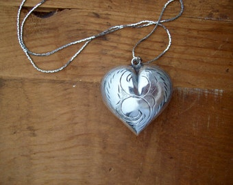 Vintage Sliver Heart Necklace Large Pendant 12 Inch Chain included Valentines Day
