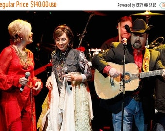 Sale Lace camo jacket, CUSTOM for Shey As worn Pam Tillis Country star, gypsy, romantic lagenlook duster, Boho dresses true rebel clothing
