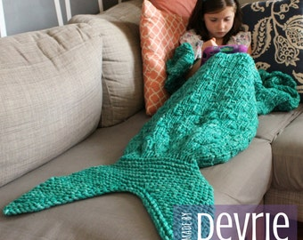 DIGITAL Download, Mermaid Tail Blanket, KNITTING PATTERN, Mermaid Blanket, Knit Mermaid tail blanket. knitted blanket, blanket pattern,