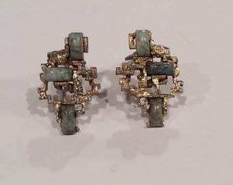 Vintage Art Deco Turquoise and Gold tone Clip Back Earrings, Clip on, Retro , Fashion Jewelry
