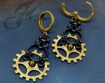 Steampunk Earrings ~ Gearrings ~ Bright Gold Patterned Brass Gears & Oxidized Silverplate on Round Circle Brass Leverback Ear Wires #E0938