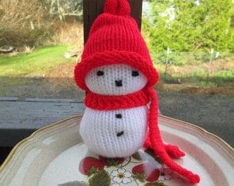 Snowman Knitted by SuzannesStitches, Knit Snowman Ornament, Stuffed Snowman, Soft Sculpture Snowman, Handmade Snowman, Christmas Snowman Toy