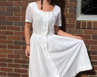 White Eyelet Dress Cotton Vintage 80s Retro 50s S