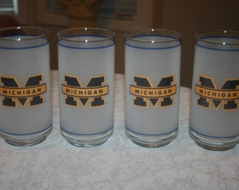 Four 4 Vintage Michigan University of Michigan U of M  Mobil Glasses Glassware Tumblers
