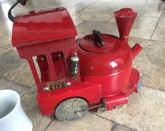 Vintage Kamenstein Red Train Tea Kettle Engine 613