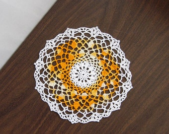 Acorn Decor Crochet Lace Doily, Yellow Gold Color, Table Decoration, Modern Home Accessory, Original Design