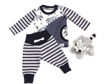 Baby Sweatshirt and Pants Set - Baby Boy Outfit - Take Home Outfit - Baby Sweatpants - Baby Joggers - Raccoons
