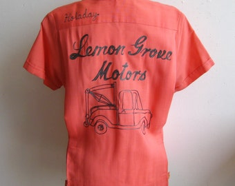 Vintage 50s Lemon Grove Motors San Diego Chain Stitched Womens Pink Cotton Bowling Shirt size 34