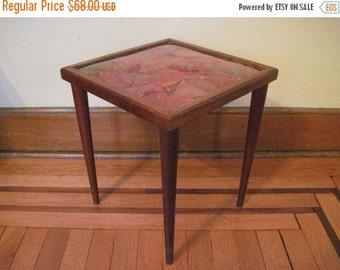 20% OFF SALE 1960s vintage Mid Century Modern Orange Resin End Table with Tapered Wooden Legs