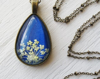 Real Pressed Flower Necklace - Cobalt Blue and White Queen Anne's Lace Botanical Teardrop Necklace