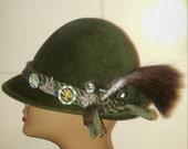 Vintage Capo Tyrolean Mountain Hat.  Wool Alpine Hat.  Swiss Mountain Hat. Hiking Hat. Greman Wool Hat.