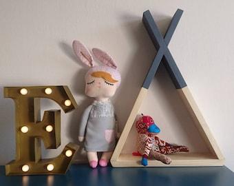 Teepee shelf, Tipi shelf, Wall shelf, Kids nursery shelf, Minimalist home decor, Minimalistic shelf, Wood shelf