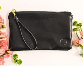 Black Leather Clutch Purse with strap -clutch purse, gift for her- Black clutch- bridesmaid gift, fully lined leather handbag, wristlet