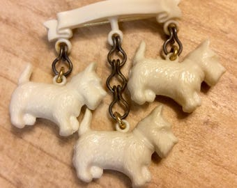 Vintage Scottie Dog Trio Early Plastic Pin Brooch Dangling Terrier Scotty Dogs Novelty Brooch