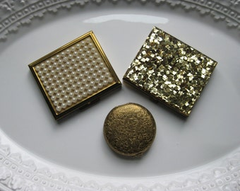 Three Vintage Ladies Compacts / Revlon / Tradition / Instant Collection