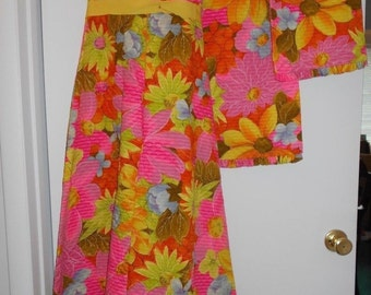 MODMOD WORLD Vintage Haute Couture Handmade Bright Psychedlic colors 1971 gown with matching shaw and quilted fabric XS Sm