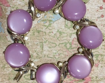 Mid Century Lavender Purple Lucite Moonglow Bracelet Rhinestone Highlights 217gz