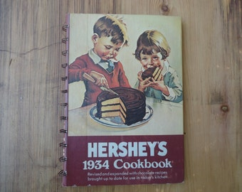 Vintage Hershey's 1934 Cookbook Chocolate Recipes Candies Hardcover Recipe Book