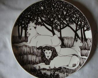 Vintage LION DEN Plate Black & White Art Plate